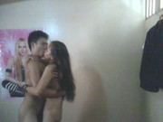 Una pareja amateur folla delante de la webcam