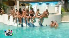 Un grupo de franceses monta una orgía al aire libre