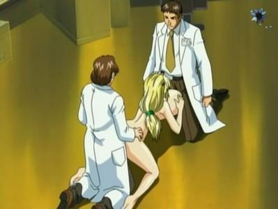 Dos médicos hentai se follan a una paciente