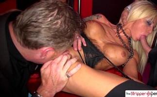 A la stripper tetona se le fue de las manos la otra noche