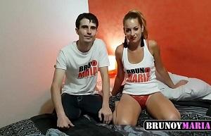 Pareja española amateur se estrena con Bruno y María por webcam
