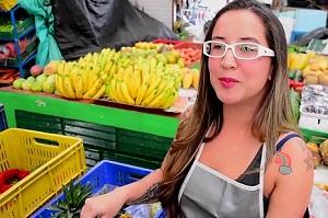 Colombiana amateur deja el mercado por una polla negra