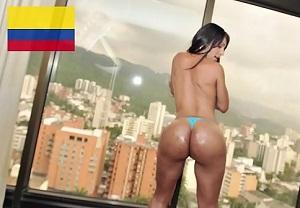 Colombiana con culazo se gana un buen dinero a cambio de sexo anal